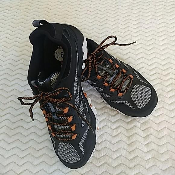 Merrell Performance Footwear Vibram